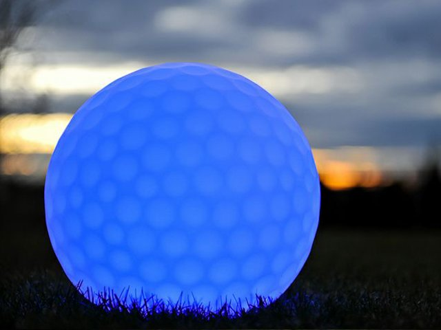 m4-golf-ball-location-tente-mobilier-geneve.jpg